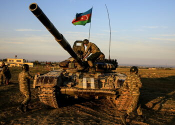 El presidente de Azerbaiyán anuncia que su Ejército tomó el control de la ciudad de Shusha, de importancia estratégica, en Nagorno Karabaj