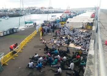 CCOO exige medidas urgentes para solucionar la grave crisis migratoria que afecta a Canarias