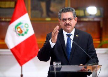 Dimite Manuel Merino tan solo 6 días de ser nombrado presidente