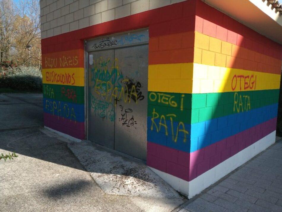 EH Bildu denuncia pintadas fascistas en diversas sedes y en un mural de apoyo al colectivo LGTBI