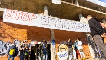 La asociación ARRE y la Plataforma de vecinas y vecinos en apoyo al asentamiento del Edificio de San Pío