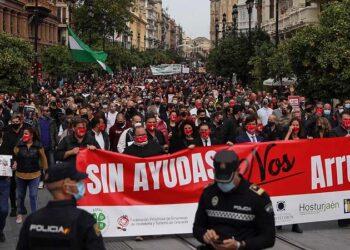 Podemos Andalucía pide a Moreno Bonilla un plan de ayudas urgente para salvar el sector hostelero