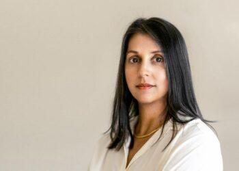 """Sonia Shah, periodista y escritora: """"No nos hemos tomado en serio las enfermedades infecciosas durante décadas"""""""