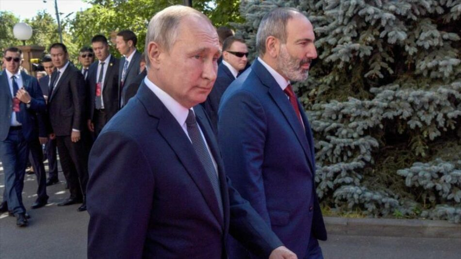 Rusia garantiza ayuda a Armenia si se agrava conflicto por Nagorno-Karabaj