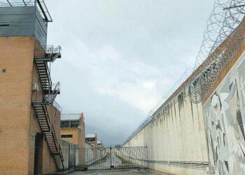 17 organizaciones piden a Interior una orden para que no multen a quienes van a visitar a sus familiares en prisión