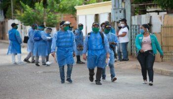 Nueva brigada médica cubana arriba a Venezuela