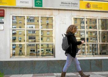 CCOO Andalucía reclama medidas de acción positiva de empleo y formación para las mujeres: 6 de cada 10 personas incorporadas al desempleo son mujeres