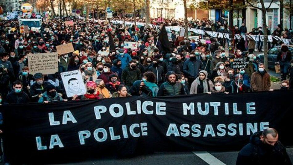 Inculpan a policías franceses que golpearon a afrodescendiente
