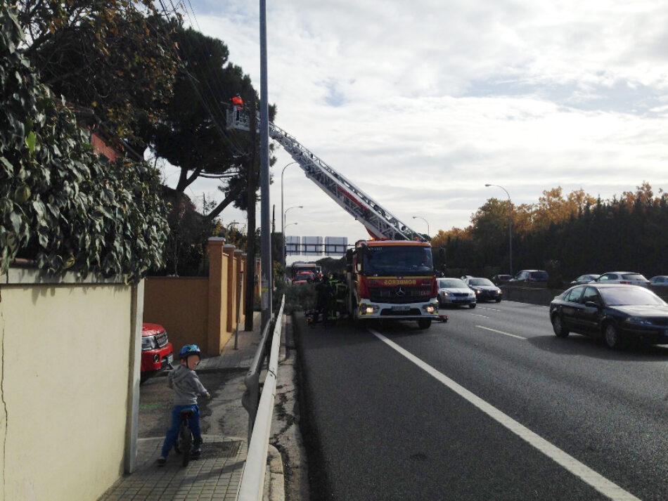 Manifestación vecinal para pedir el soterramiento de la M-30 a la altura del Paseo del Marqués de Monistrol