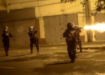 Represión policial en Perú deja heridos, detenidos y desaparecidos
