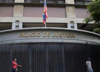 Tribunal venezolano condena a prisión a exdirectivos de Citgo