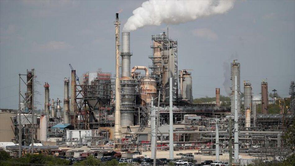 Informe: Venezuela triplica su exportación de crudo pese a sanciones