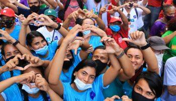 Organizaciones políticas cierran campaña para elecciones parlamentarias en Venezuela