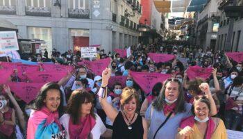 Los Colectivos Trans y sus familias celebran el gran apoyo social a la Ley Trans