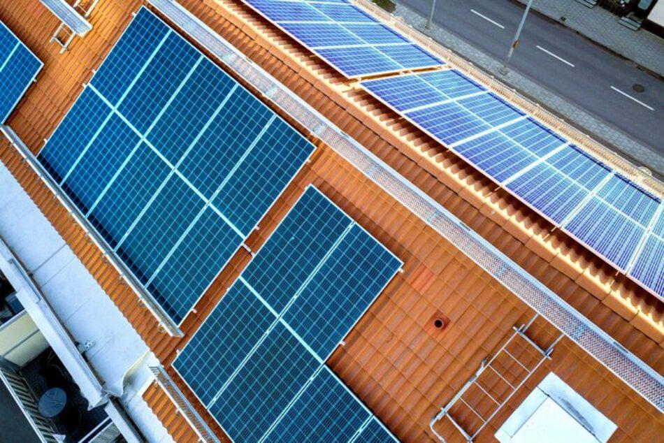 Amigos de la Tierra señala las comunidades energéticas como la herramienta para evitar una transición ecológica injusta