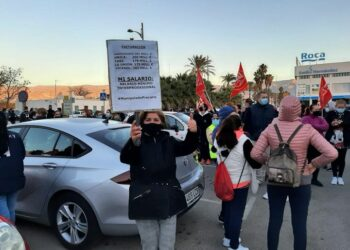 La intimidación y violencia contra la huelga del manipulado hortofrutícula en Almería se traslada a las ruedas de prensa