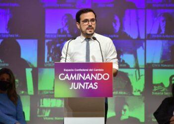"""Garzón señala que los Presupuestos """"cristalizan el mensaje de la modernización que queremos"""" pero llama a """"estar preparados frente a la ofensiva reaccionaria de la derecha sociológica"""""""