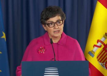 IU Exterior insta al Gobierno a adecuar los requisitos de acceso a España para los más de 2,5 millones de españoles residentes en el exterior