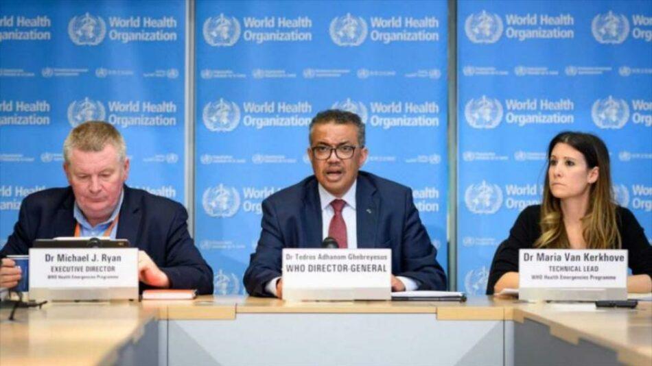 El director general de la OMS insta a renunciar a las patentes de vacunas para detener la pandemia