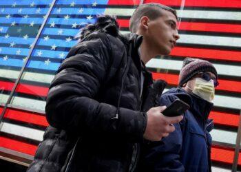 Estados Unidos marca nuevo récord de muertes diarias por coronavirus