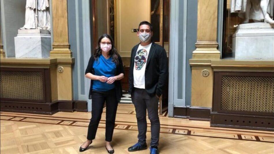 Compromís enmienda los PGE para equiparar la indemnización por terrorismo a las víctimas de la violencia de género y machista