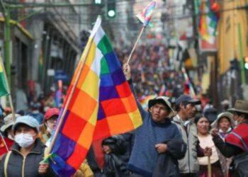 Inicia en Bolivia pago del bono contra el hambre