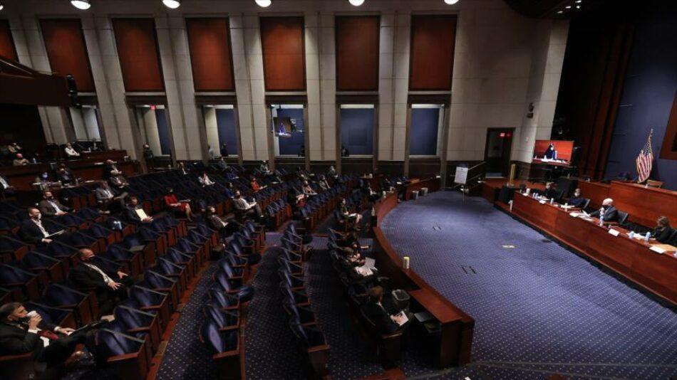 Los republicanos abandonan a Trump en la Cámara de Representantes