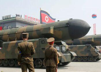 Misiles norcoreanos para submarinos «pueden alcanzar las bases de EEUU en Japón y Corea del Sur»