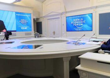 Putin: «La era de intentar construir un mundo unipolar ha terminado»