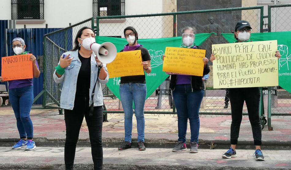 Honduras blinda prohibición de aborto y matrimonio igualitario