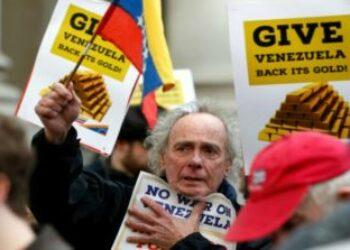 Venezuela condena el bloqueo por Juan Guaidó de fondos para las vacunas contra Covid-19
