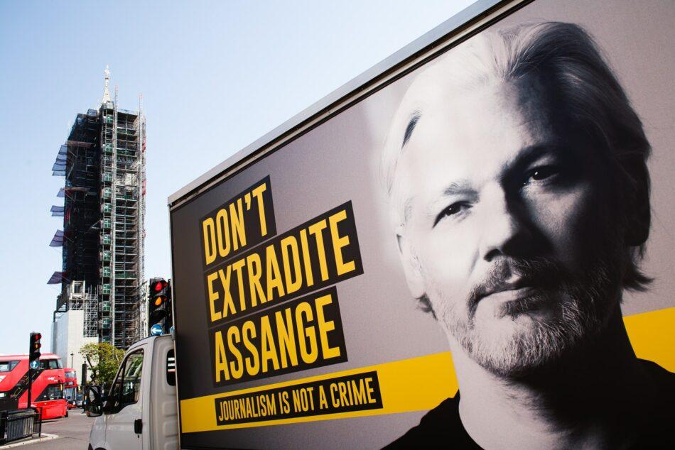 La Justicia británica se niega a liberar a Assange bajo fianza