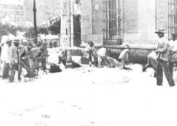 Ayuda vecinal, calles sin tráfico y congeladas: las similitudes con otras nevadas históricas