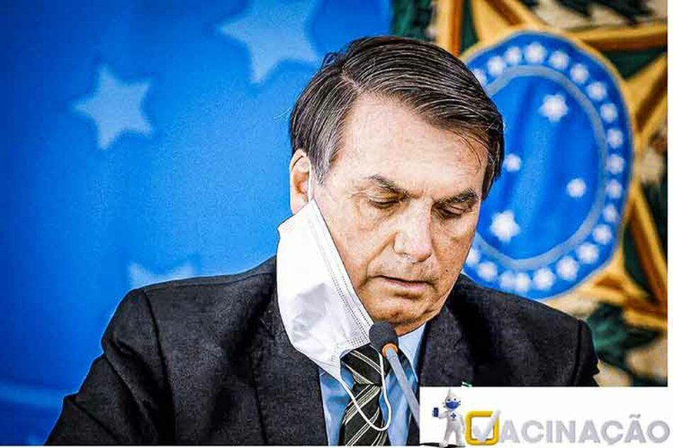 Denuncian a Bolsonaro en Brasil por atraso en inmunización