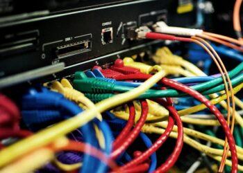 Adelante Jerez propone crear una red de fibra óptica propia para dar servicio a operadoras locales de Internet
