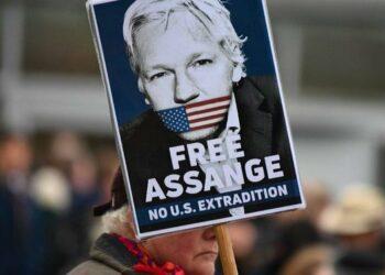 La justicia del Reino Unido decide hoy si extradita a Julian Assange a EE.UU.
