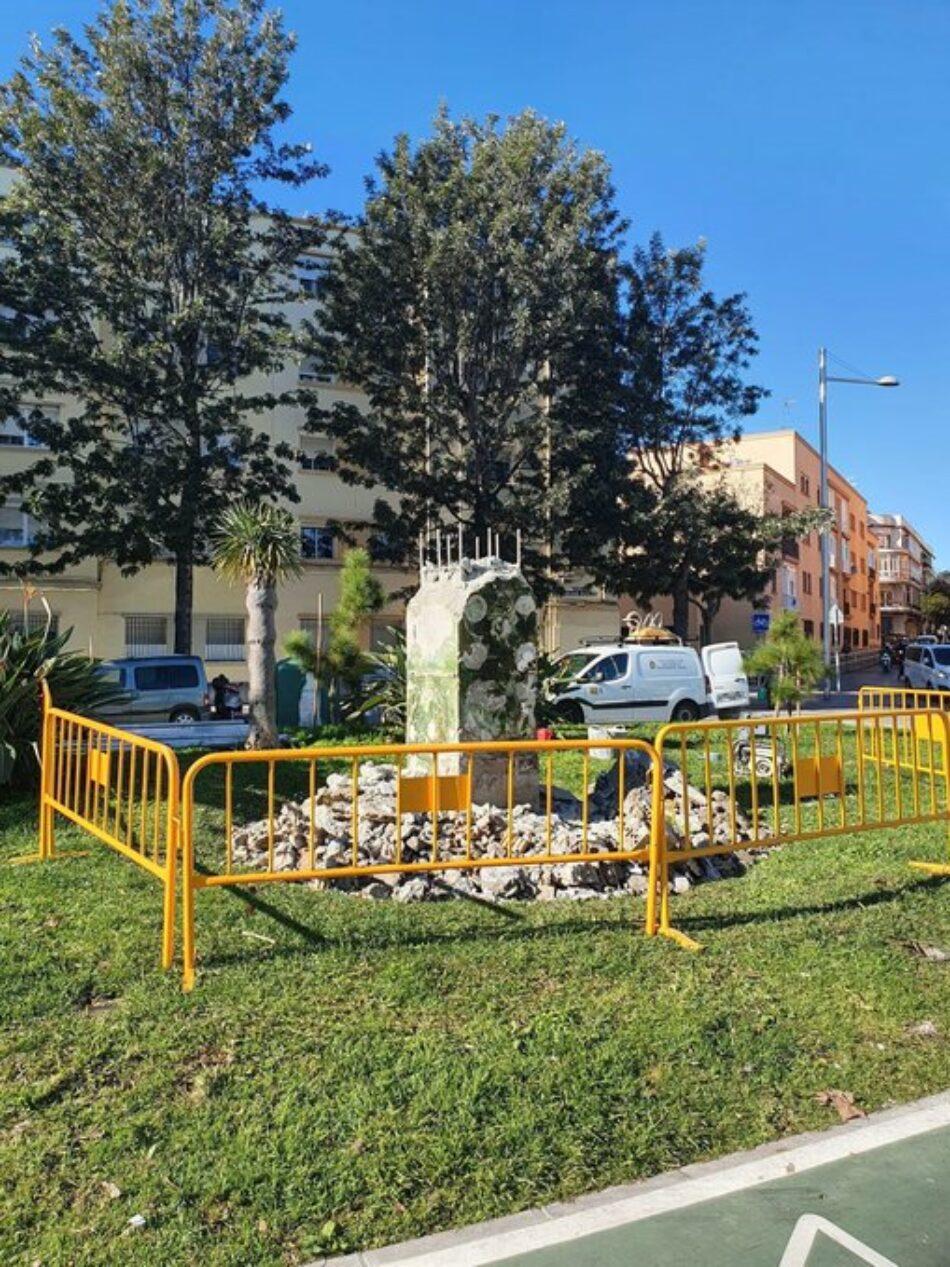 El Ayuntamiento de Cádiz comienza 2021 retirando el busto de Juan Carlos I de la renombrada «Avenida de la Sanidad Pública»