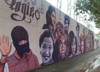 Decenas de asociaciones, vecinos y vecinas de Ciudad Lineal se organizan en defensa del mural de mujeres de La Concepción