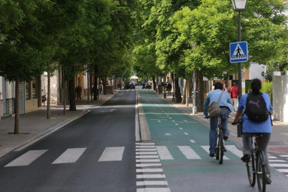 Peatonalizar la Avda. de la Cruz Roja de Sevilla, pero no a costa de la vecindad