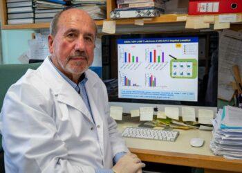 """Mariano Esteban, virólogo del CNB-CSIC: """"Nuestro diseño de vacuna posibilita una respuesta inmunitaria mucho más amplia y duradera"""""""
