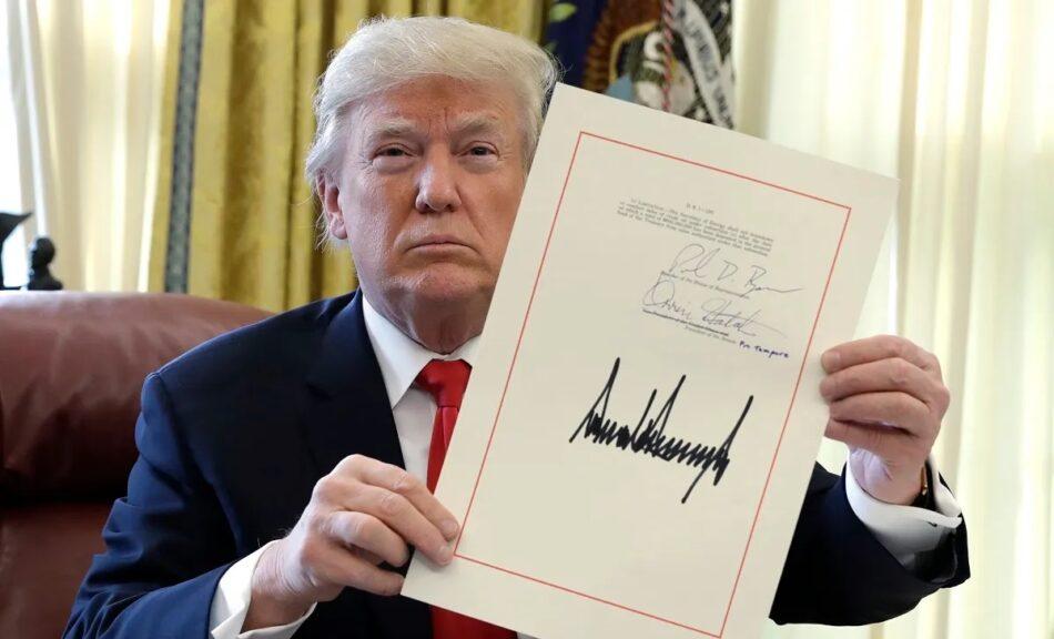 Trump aumentón en 7,8 billones la deuda pública de Estados Unidos