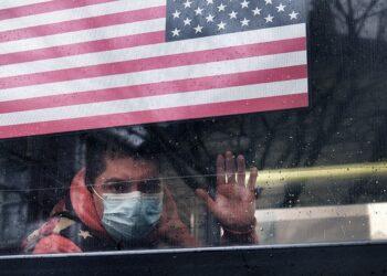 Estados Unidos vuelve a rozar las 4000 muertes en un día por COVID-19