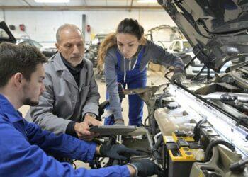 STERM apuesta por la equiparación y reconocimiento de todo el profesorado de  Formación Profesional (FP)