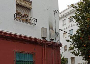 El barrio del Tardón en Triana (Sevilla) vuelve a sufrir un corte de luz de 18 horas sin solución por Endesa