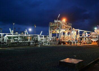 Sentencia histórica: El Tribunal holandés dictamina que la subsidiaria de Shell es responsable de la contaminación por petróleo en Nigeria