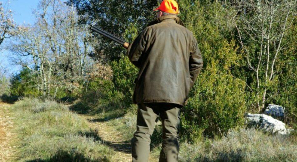 Esquerda Unida pide á Xunta que rectifique no trato de favor ao sector da caza e denuncia esta situación ante a Valedora do Pobo