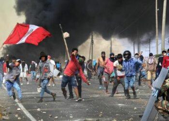 Doce fórmulas presidenciales listas para elecciones en Perú