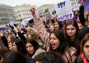 ¡Necesitamos una nueva huelga general feminista el 8M! Debates en la asamblea de la comisión del 8M de Madrid