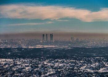 Madrid, líder en muertes por contaminación en Europa: Greenpeace denuncia que la capital prioriza los coches a la salud de la ciudadanía