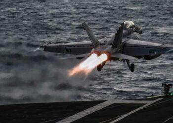 """Ejército de EEUU lanza ataques aéreos en Siria """"por orden de Biden"""""""